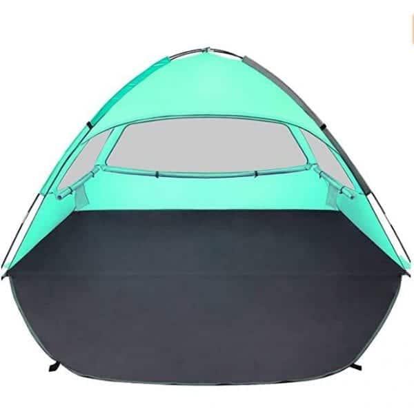 אוהל לחוף הים